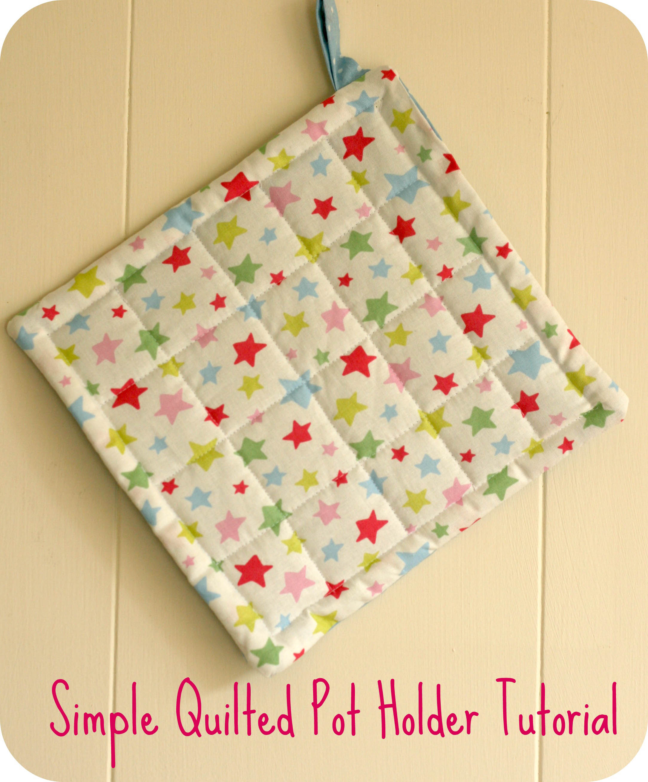 Simple Quilted Pot Holder Tutorial | claireabellemakes