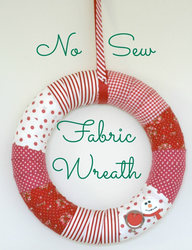 DIY-No-Sew-Fabric-Christmas-Wreath-Claireabellemakes-The Homemakery