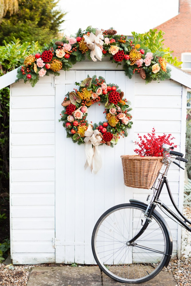 Natural-Christmas-Wreath-Design