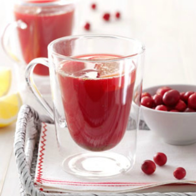 Spicy-Cranberry-Drink-Recipe